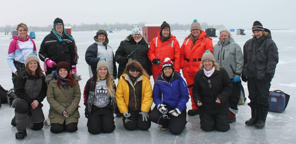 Ice fishing girls - photo#20