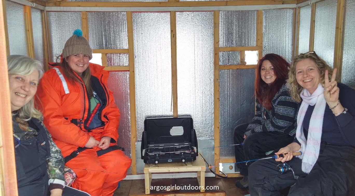 Ice fishing girls - photo#24